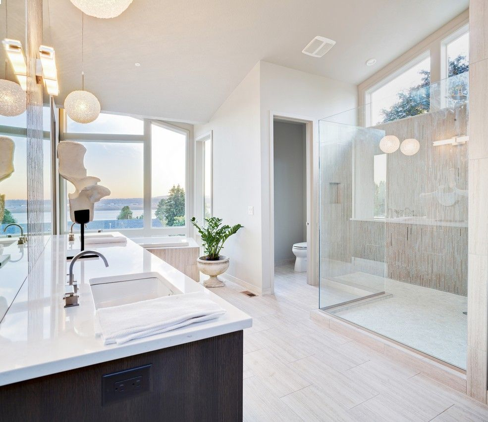 Open-style bathroom with a gorgeous view
