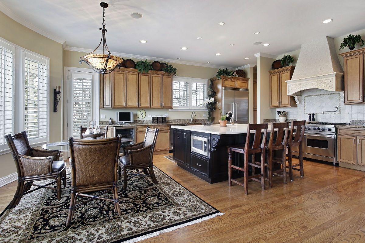 New Convenient Style Modern Kitchen and Dining Area