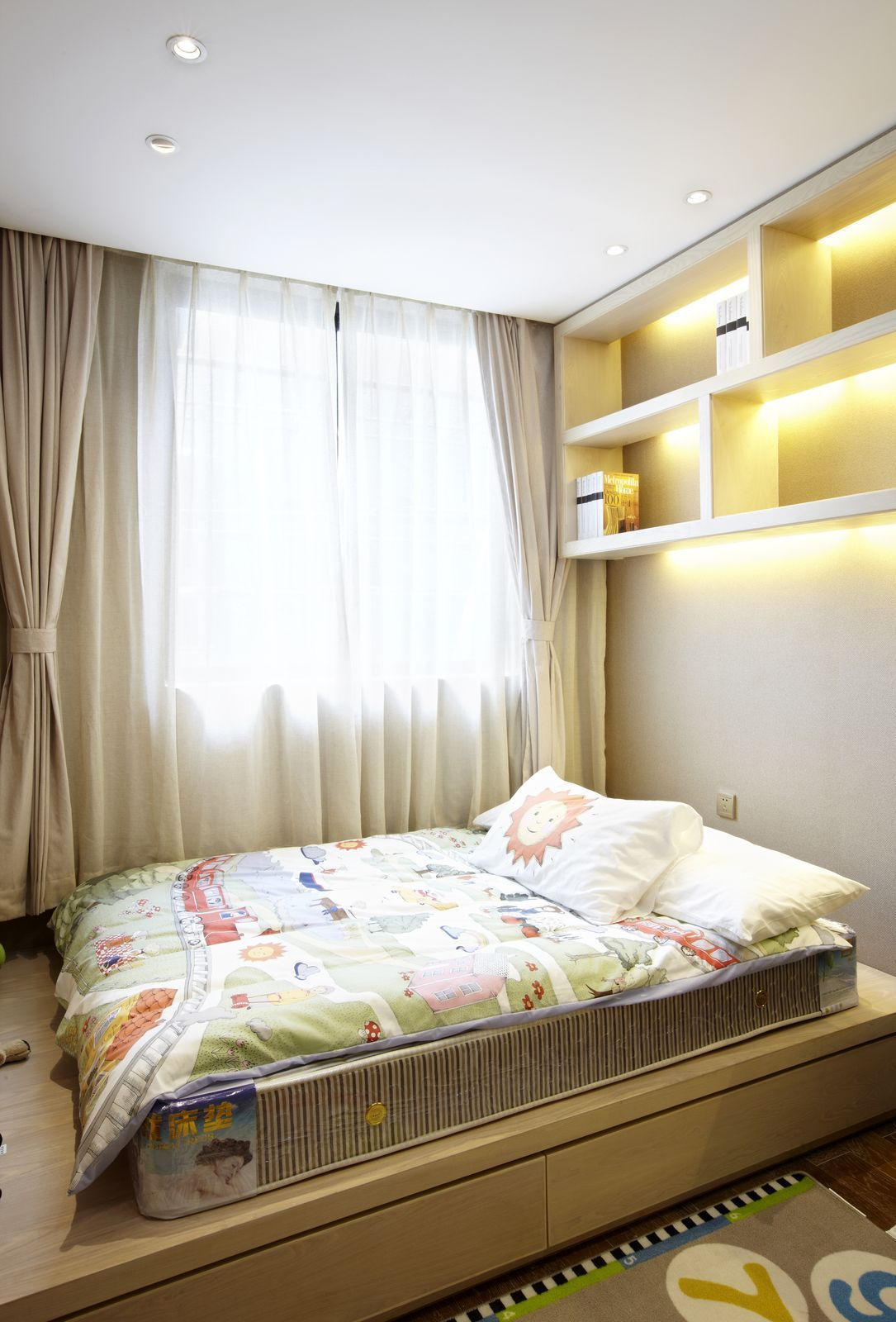 Sunlit Children's Bedroom with Light Favorable Colors
