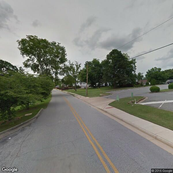 Oak Street Communities LLC