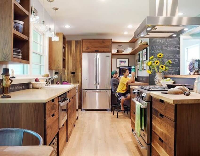 Kitchen homework area and cabinets