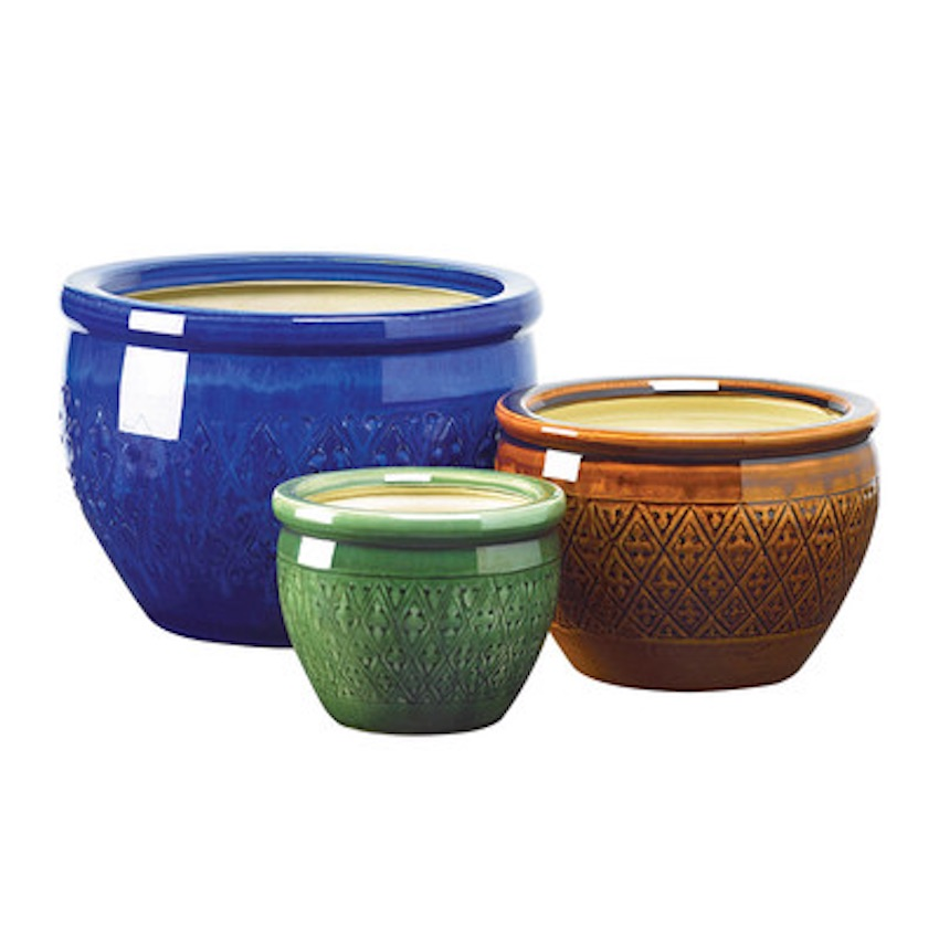 Classy custom pot planters for landscaping enthusiasts