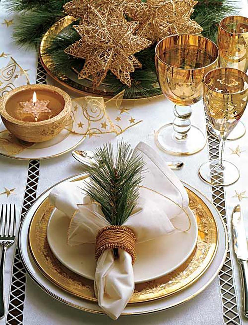 Golden Tablescape Christmas Elegant Decor Ideas