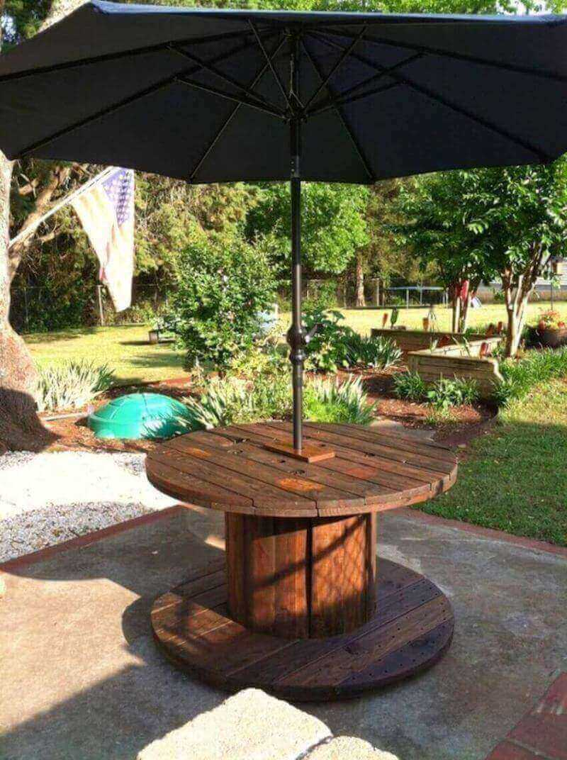 DIY patio furniture for exterior home use