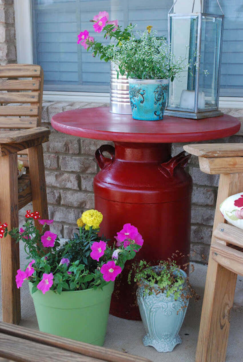 DIY project: the milk can table furniture piece