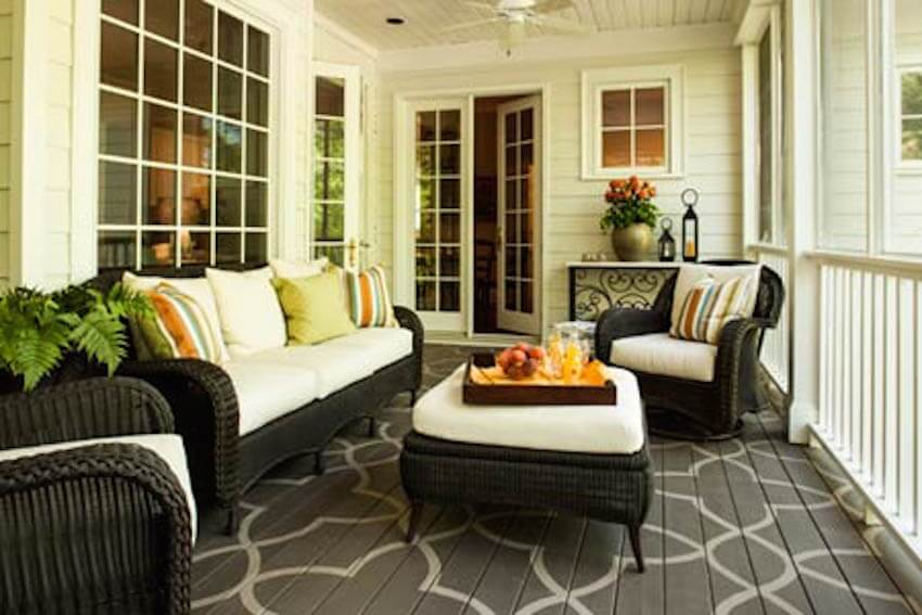 Friendly porch decor that doubles as furniture