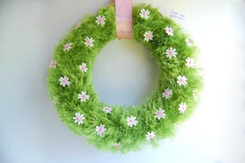 Springtime wreath decor for your front door