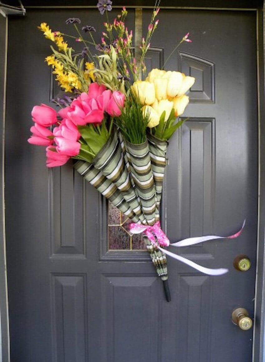 Umbrella bouquet design for your exterior door