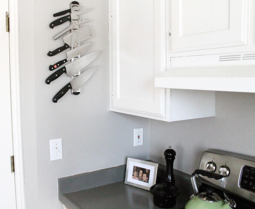 Kitchen knife magnets make any home interior more organized