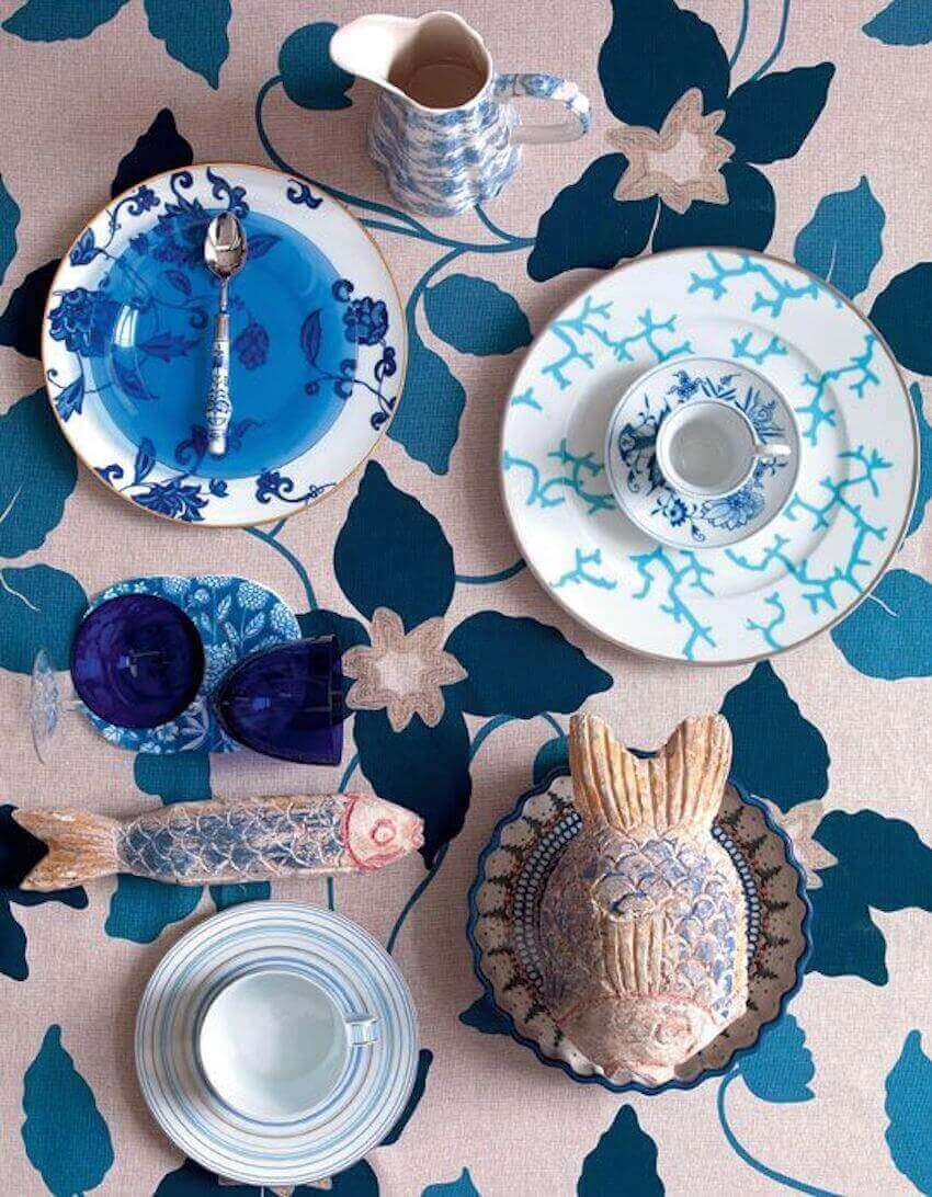 Kitchen or dining room table decor: Mixed tableware