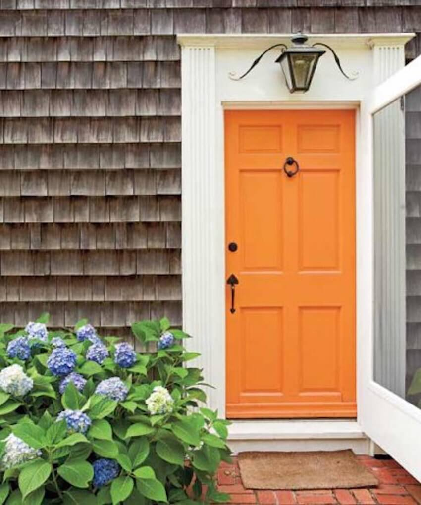 Exterior door: The first impression