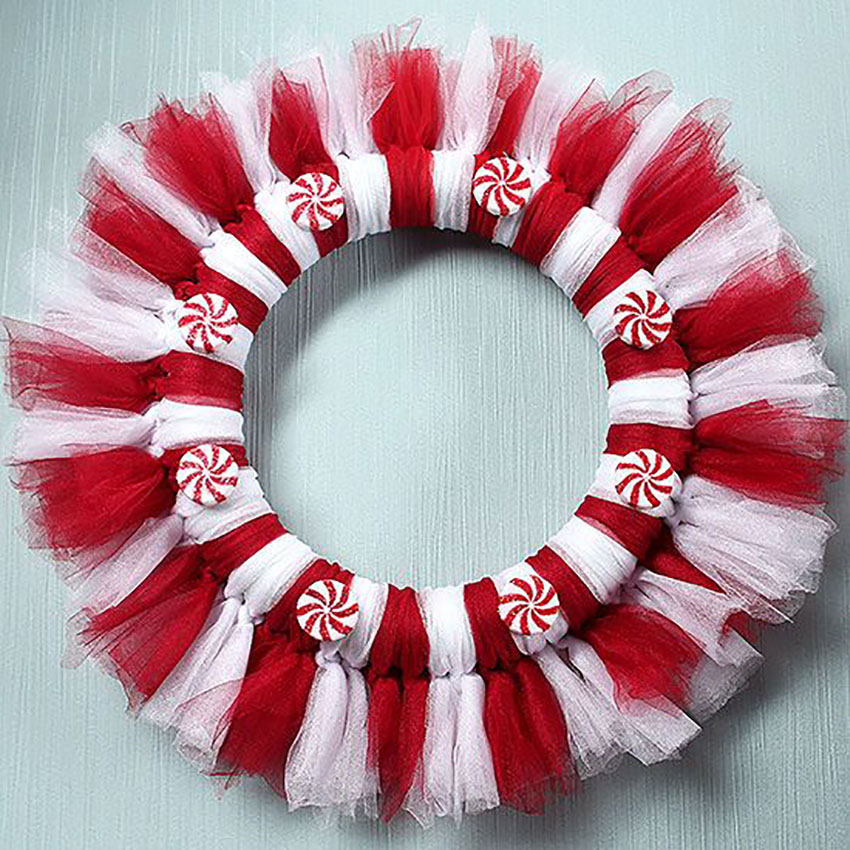 Candy Inspired Wreath Holiday Craft
