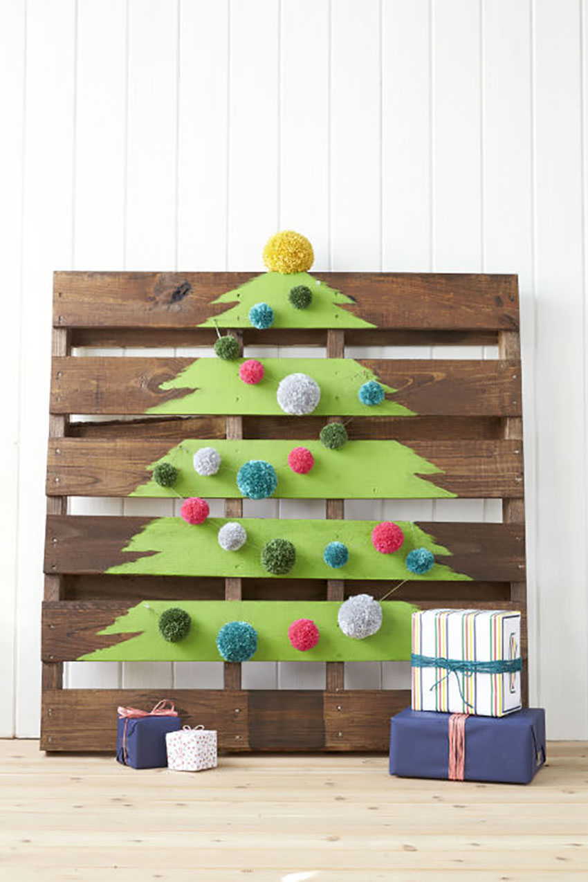 Wood Pallet - Christmas Trees to Rock