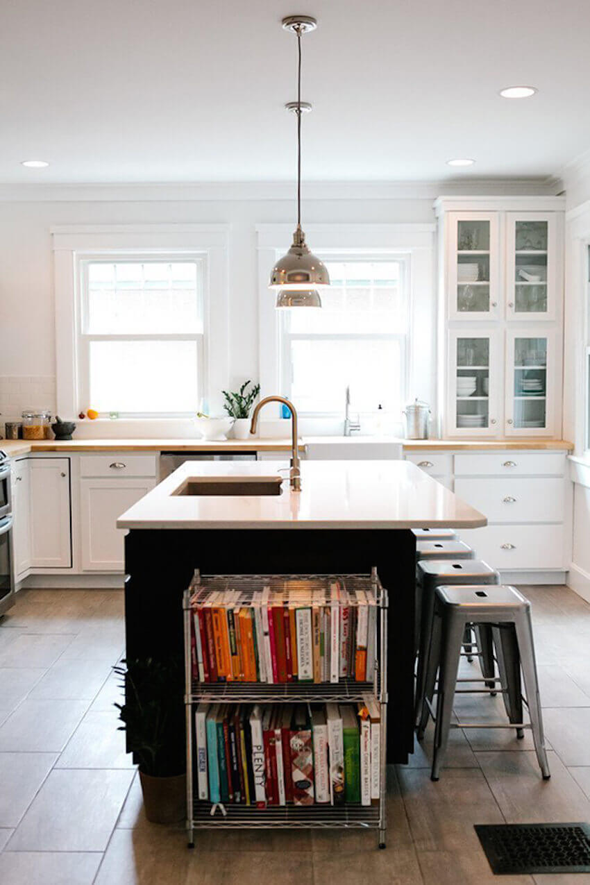 Dining space savers: a rolling cart makes a great home for cookbooks
