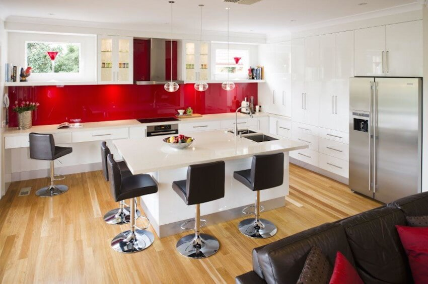 Red kitchen backsplash that makes a real statement