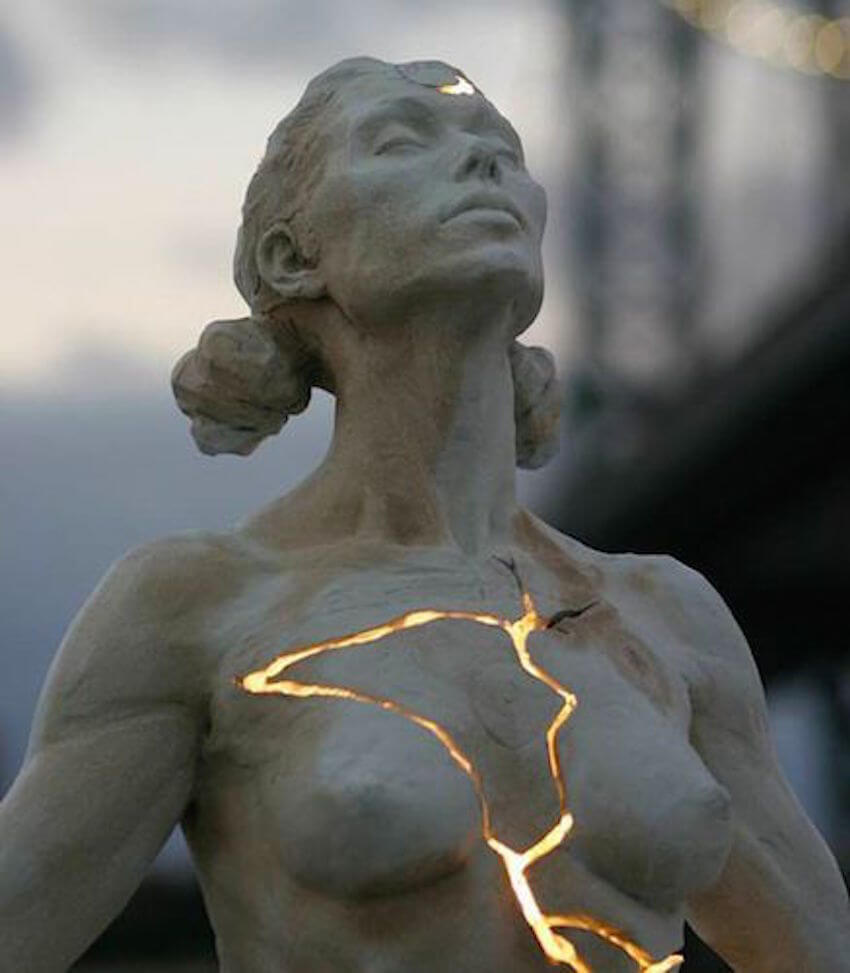 "Decor art: Light shines through the crack on this sculpture called ""Expansion."