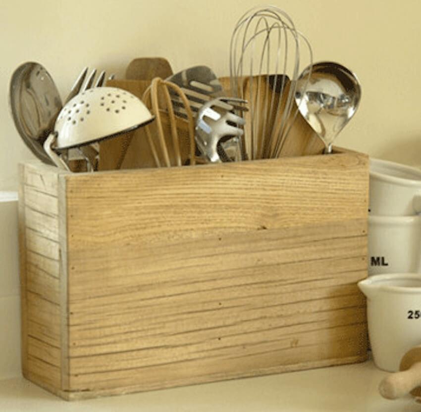 Kitchen craftsmanship in a simple DIY box holder