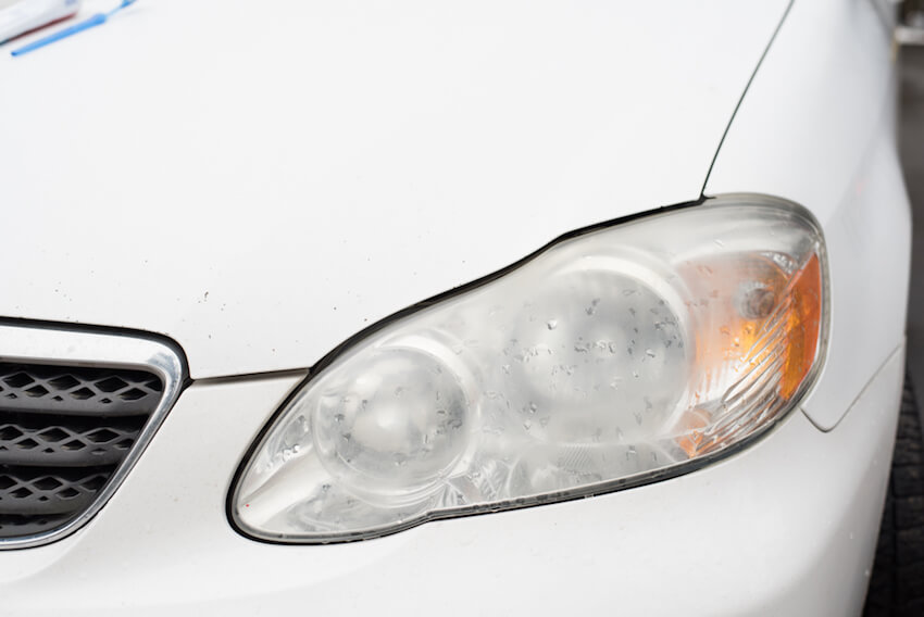 How to clean car headlights the proper way