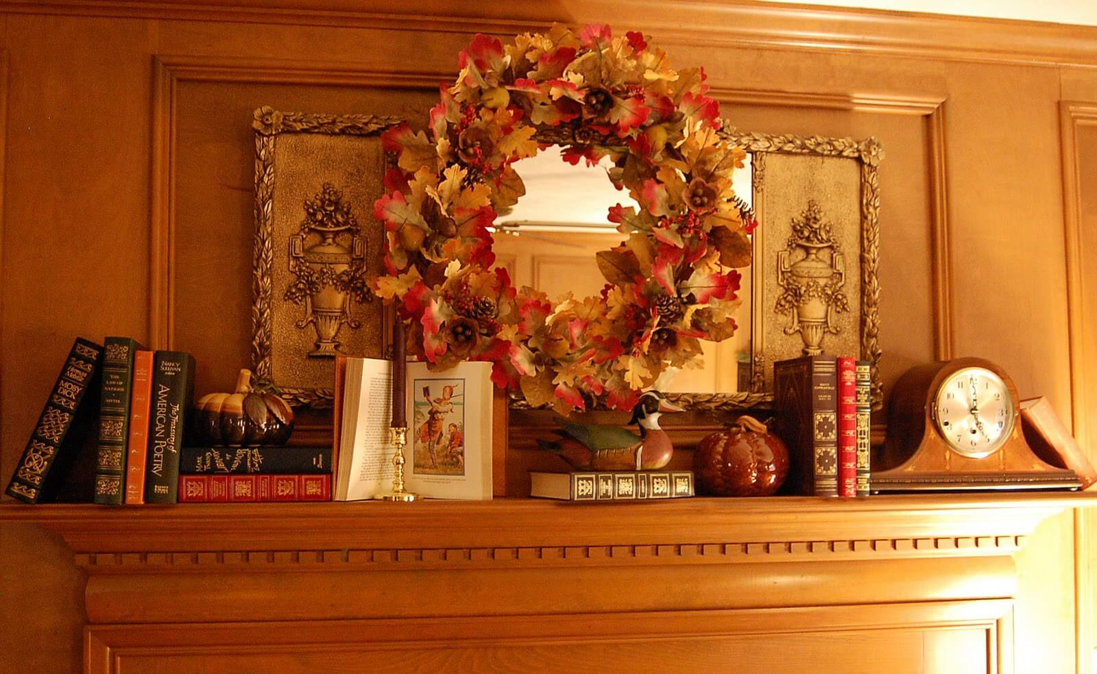 DIY holiday decor around the fireplace mantel