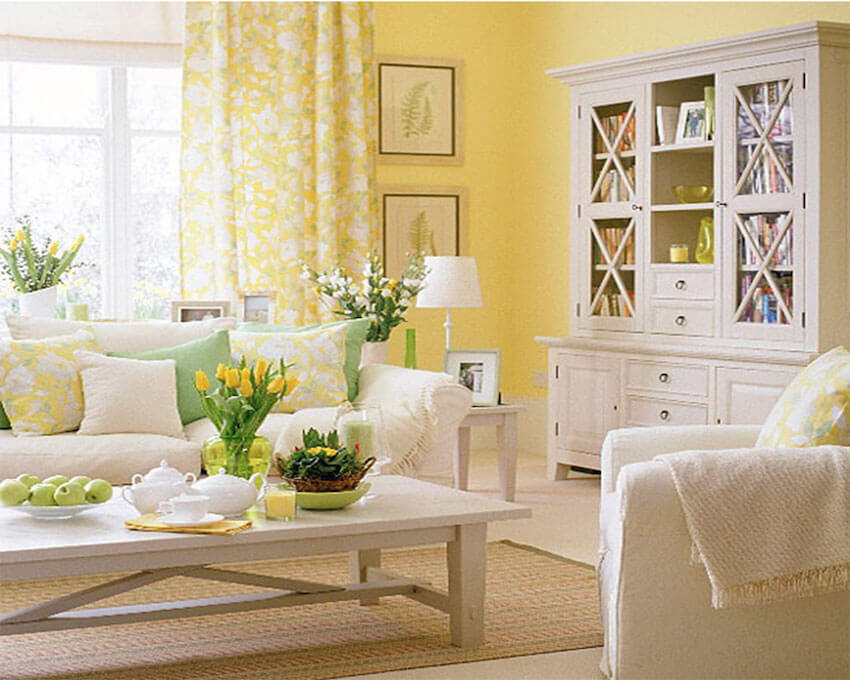 Living room ideas: white and gold background