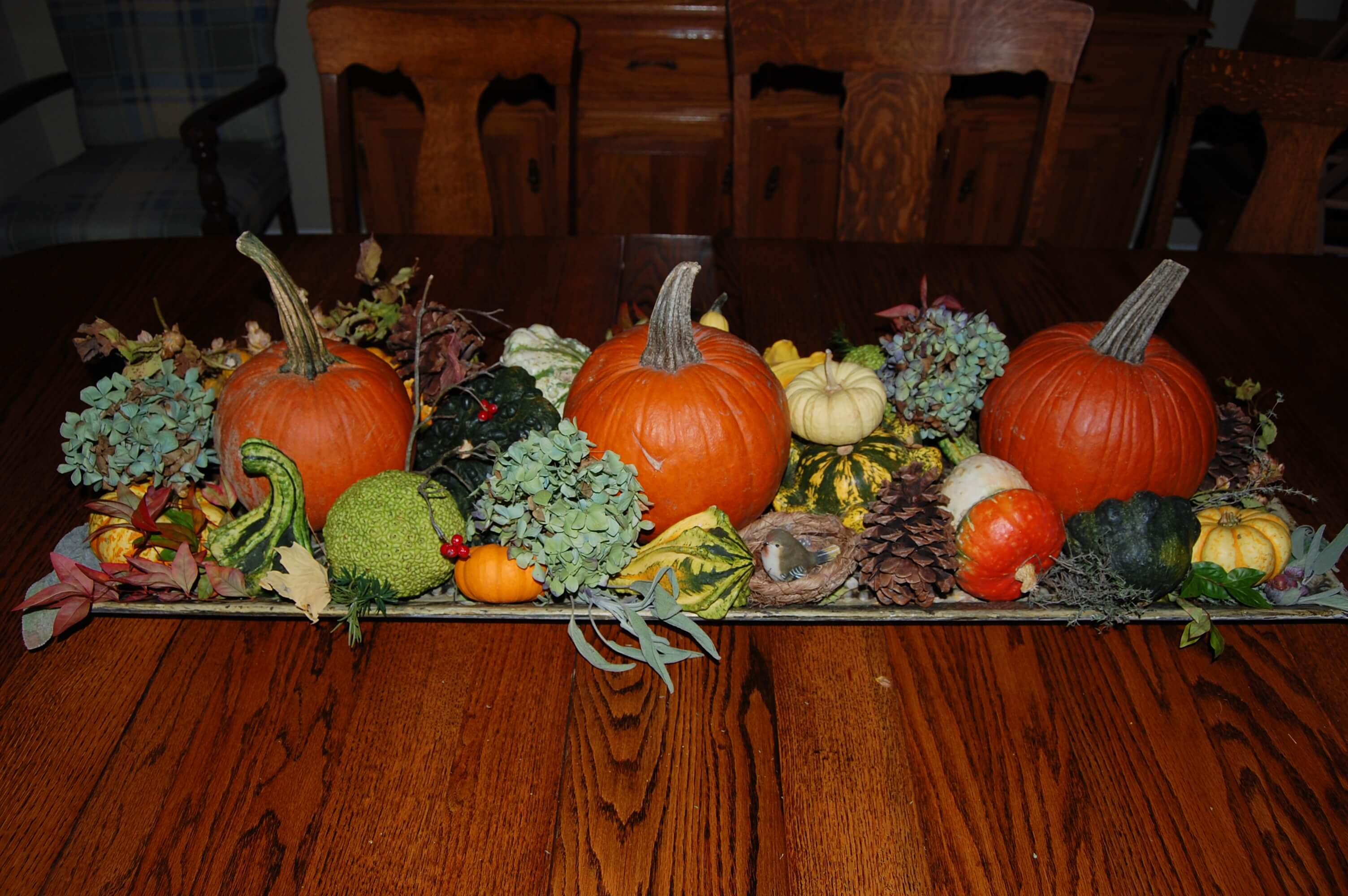 Home decor in the form of DIY interior gourds
