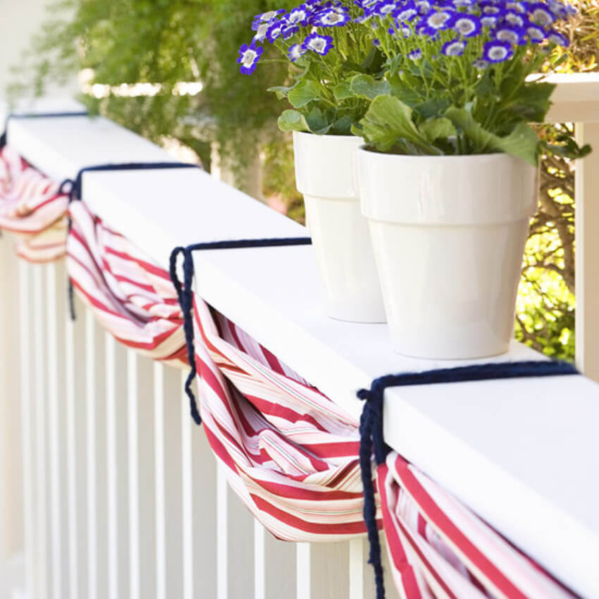 A bunting is a great way to decorate the porch.