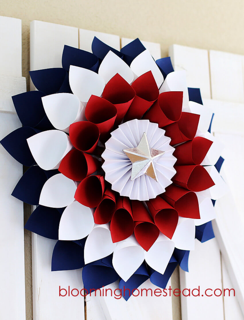 This beautiful wreath is a great way to welcome the guests!