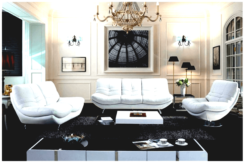 Interior design: This classic room with art deco elements is both nostalgic and current.