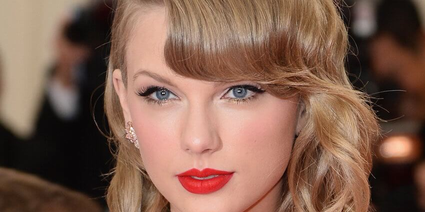 Red lips are a classic Taylor Swift look that has inspired albums, tours and many fans!