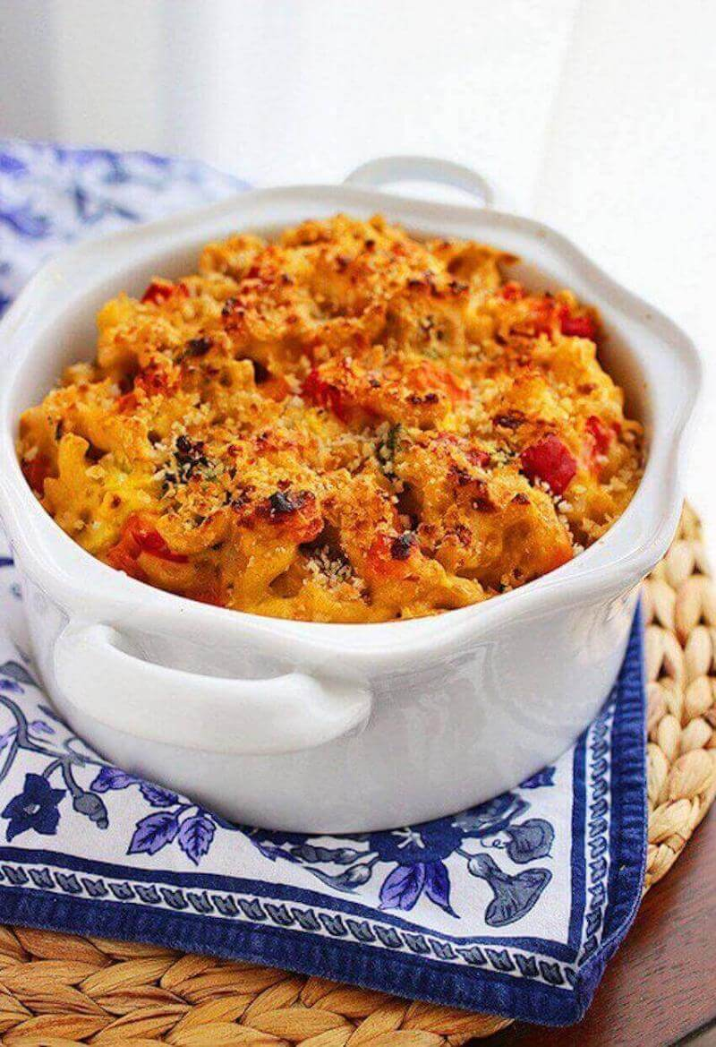 Home kitchen tips: Add roasted (or grilled) veggies to your mac and cheese for an extra bit of flavor, texture, and to make it seem healthier!