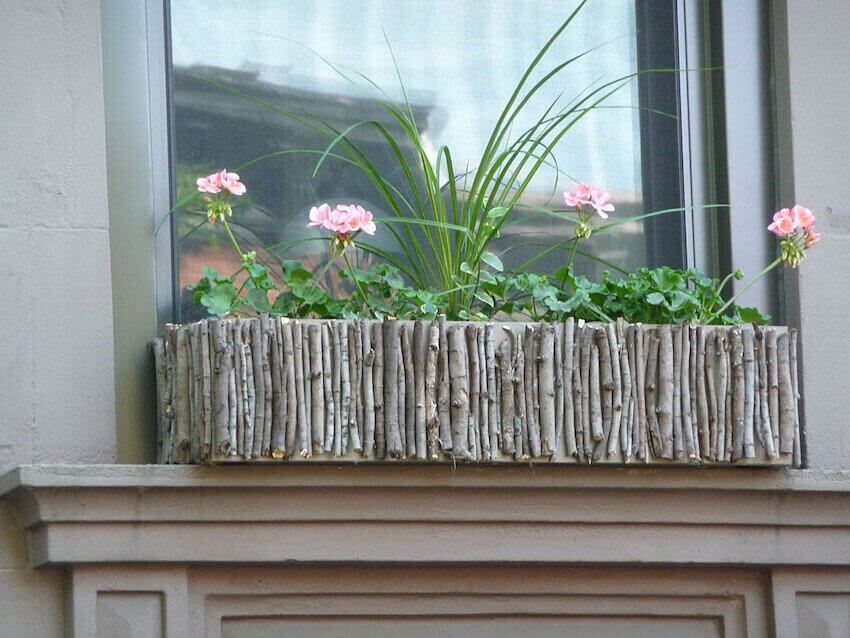 Nature and nature: twigs as window box planters