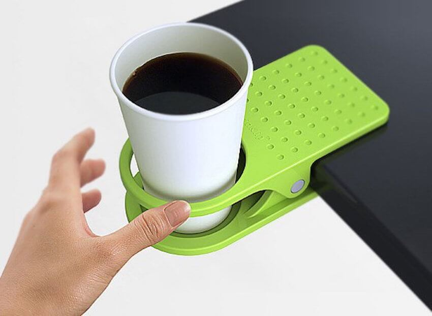 Stay spill free with this handy clip cup holder