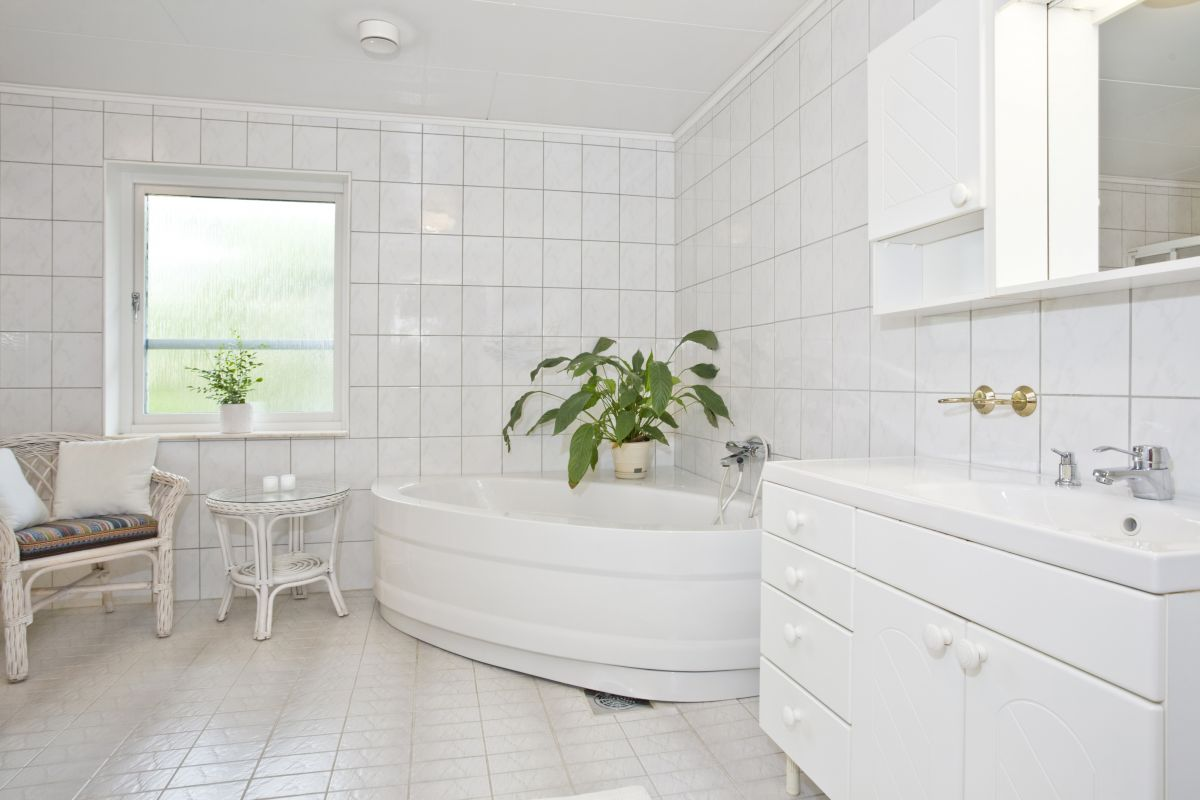 Make sure your bathroom remodeling budget is realistic.