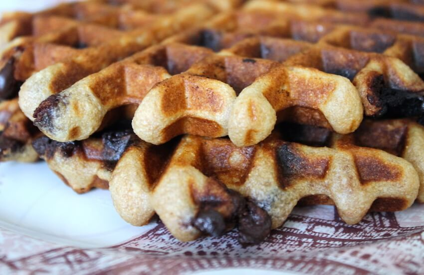 DIY kitchen recipe tips: chocolate waffles