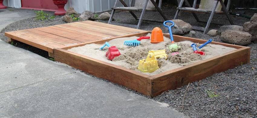 DIY sandbox for the yard and your young ones