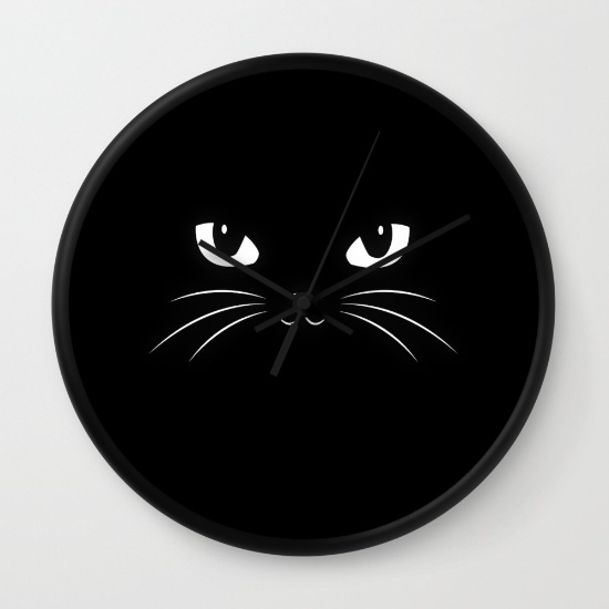 Run your life on cat time with this cute cat clock.
