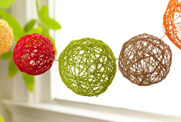Old DIY projects are the best! Hang these in your open glass windows, living room, or kitchen.