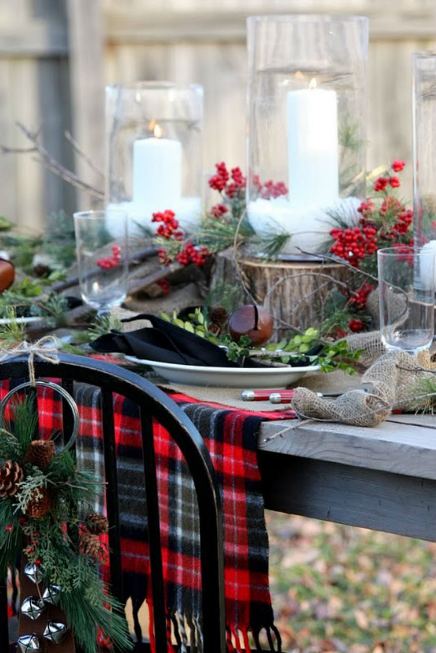 Arrangements tied to the chairs make sure it's Christmas. Image Source: Nano Buffet