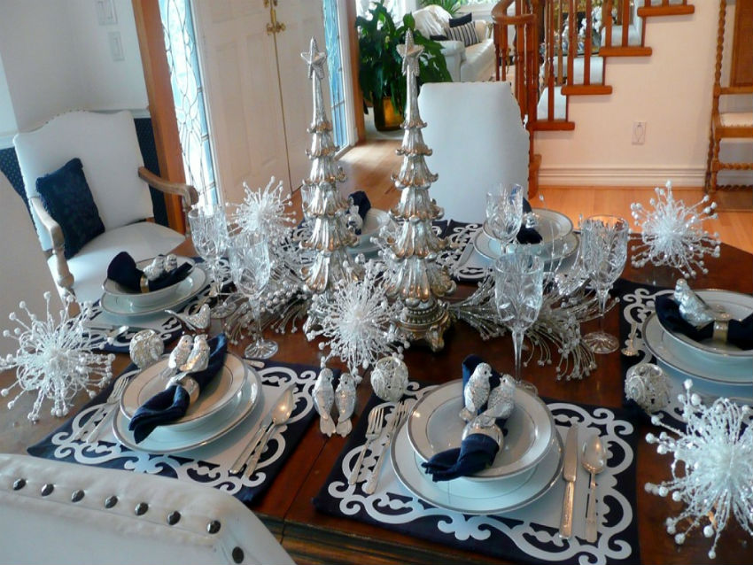 Silver, white and blue is a classic elegant combination in any decor. Image Source: Sun City Villas