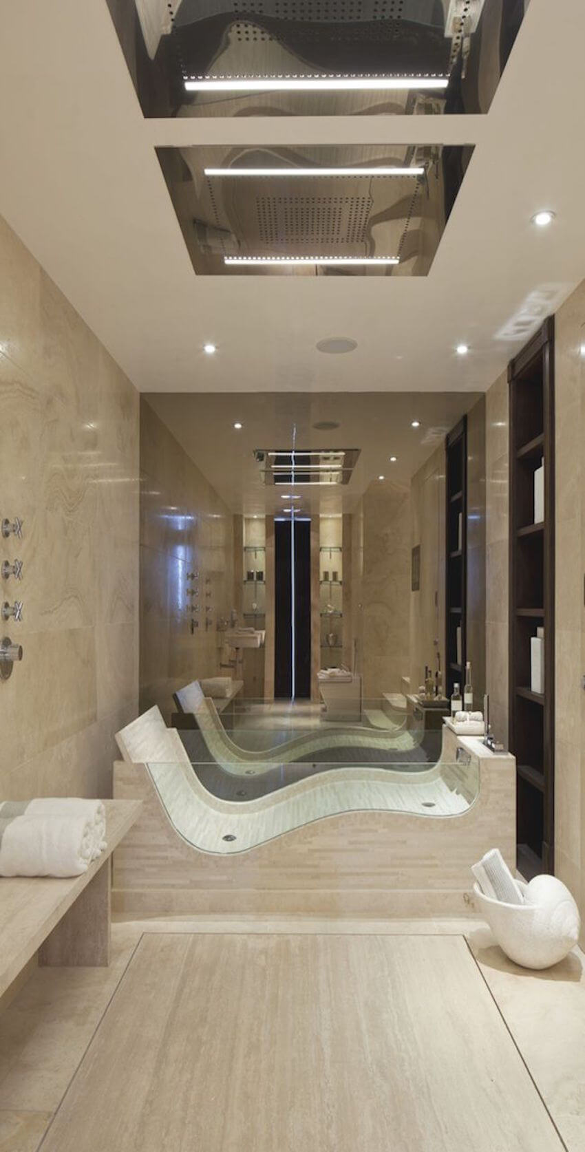 Sleek design for a unique tub
