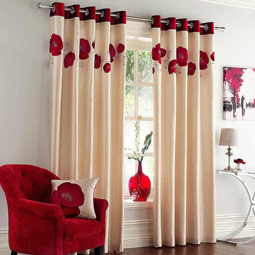 Living Room Tips: Red Flower curtains