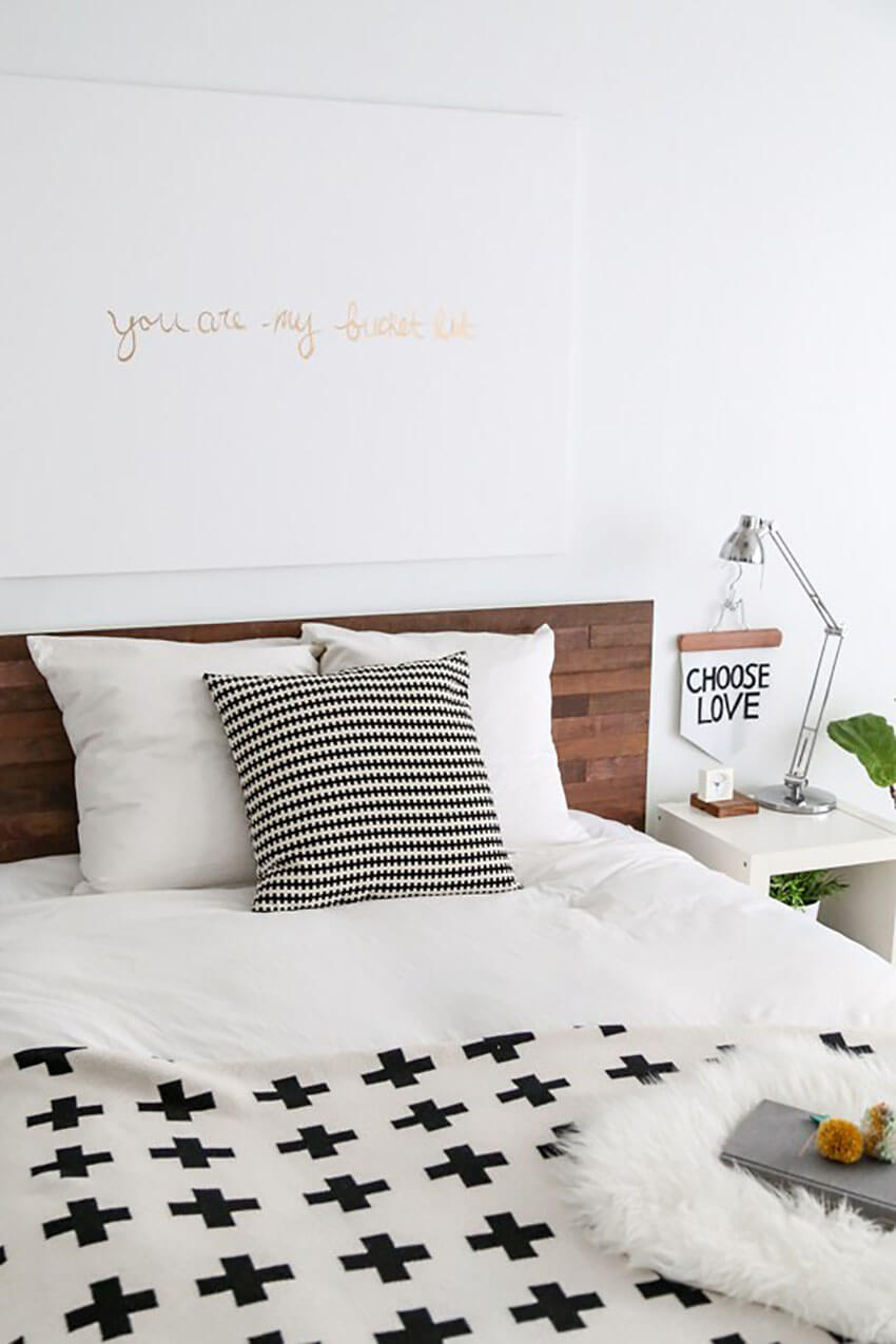 This gorgeous headboard will amaze those who love a nice little hack!