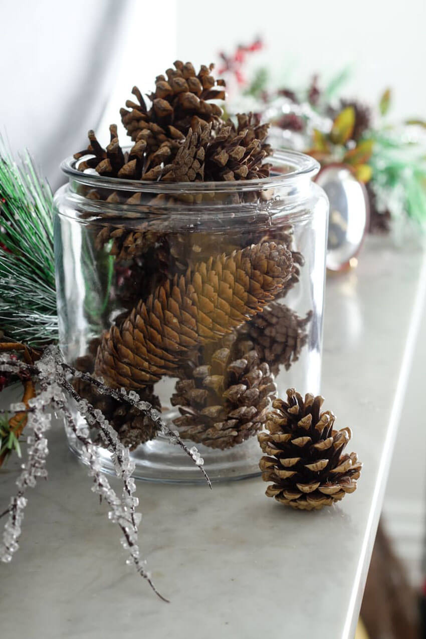 These Scented Pinecones also works great on the decor!