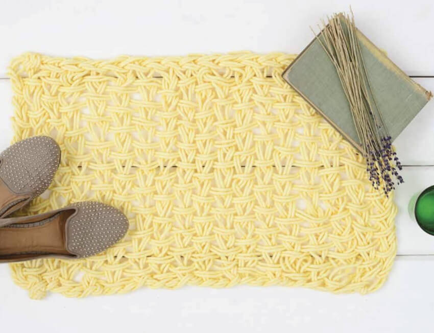 Beautiful yellow rug to brighten up your home!