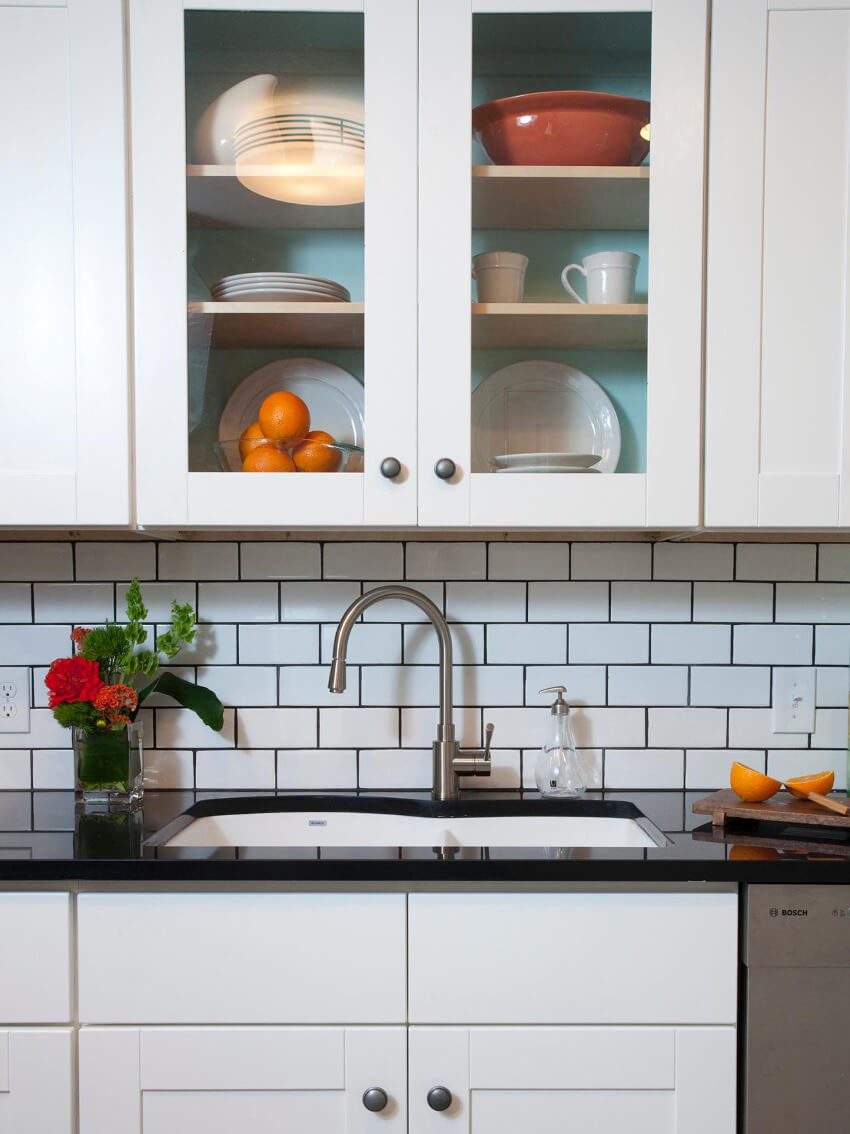 Contrasting grout is simple and creates a unique result.