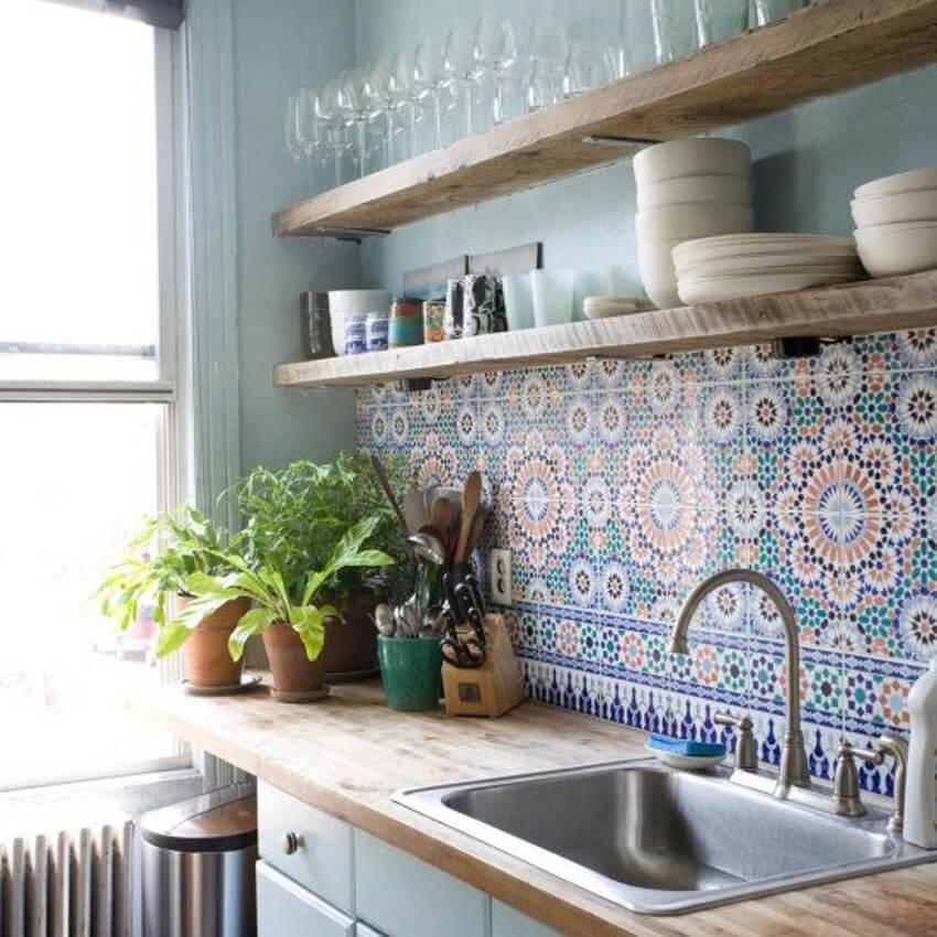 A simpler, but still beautiful mosaic tiles usage.