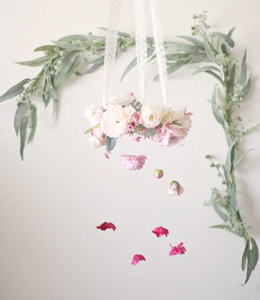 You can make this beautiful flower chandelier yourself!