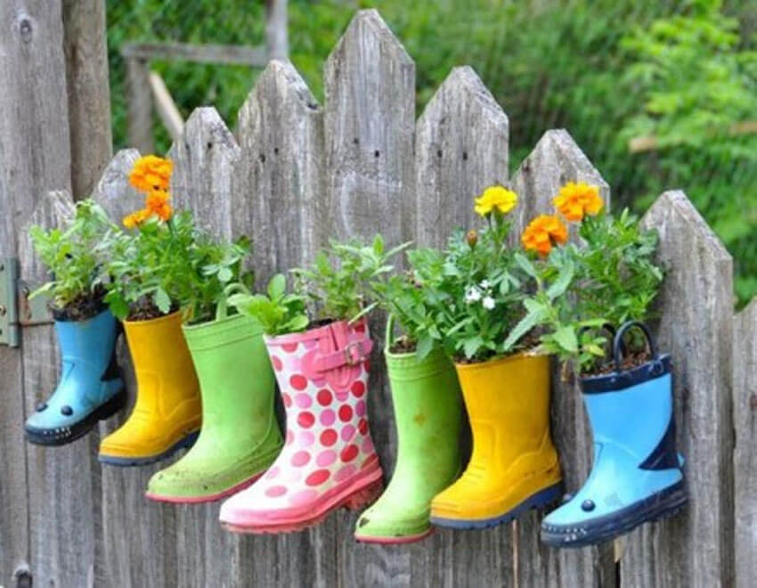 Put old rain boots to good use by making DIY planters!