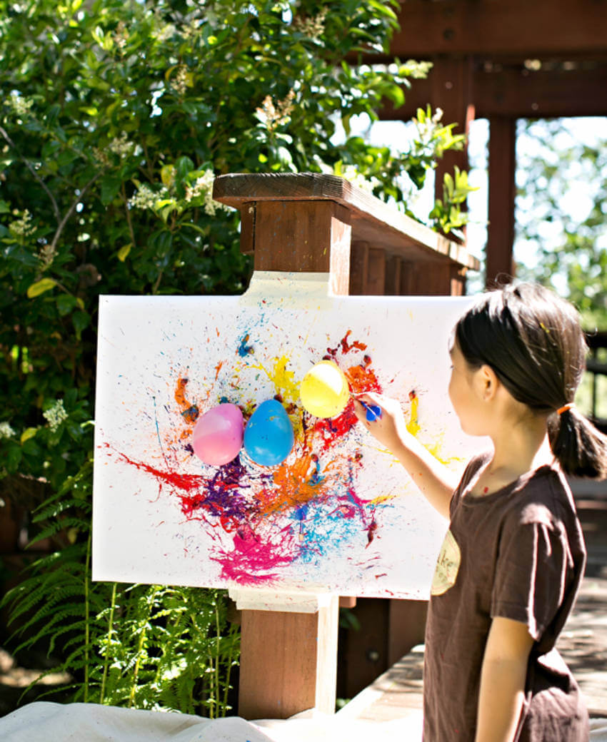 Let the creativity out with this dart balloon painting!