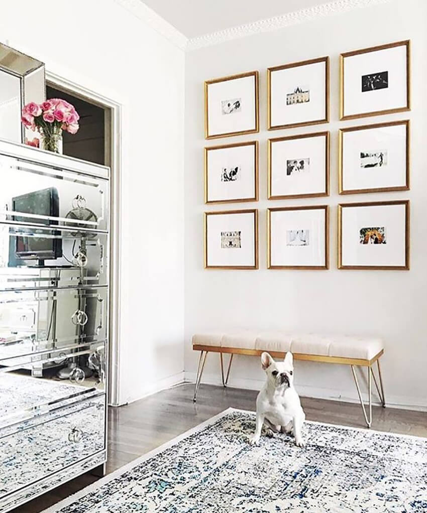 Using uniform frames in symmetrical positions, you can transform this modern gallery idea into an elegant formal display.